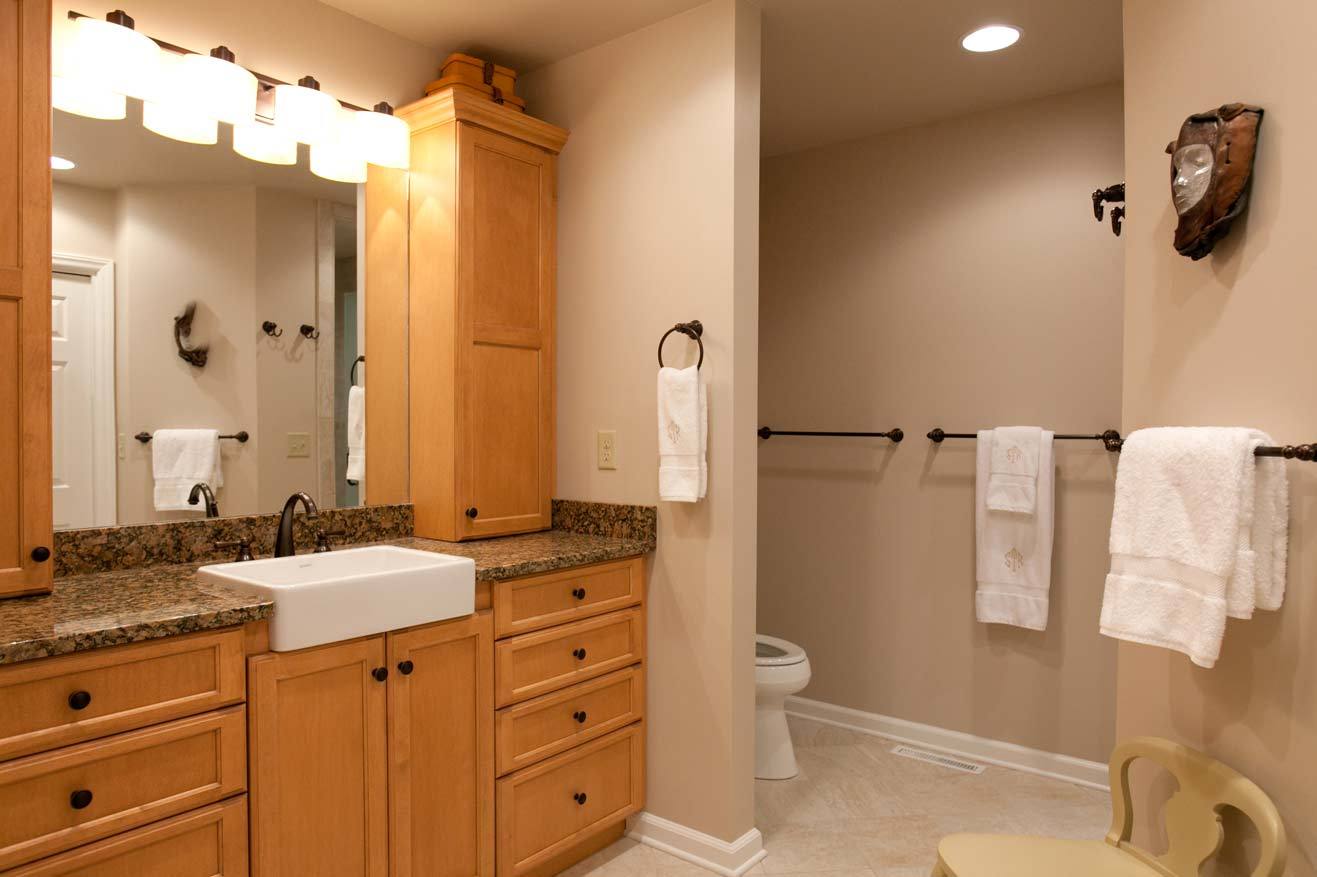 Emergency bathroom remodeling in new york toilet for Latest bathroom remodels